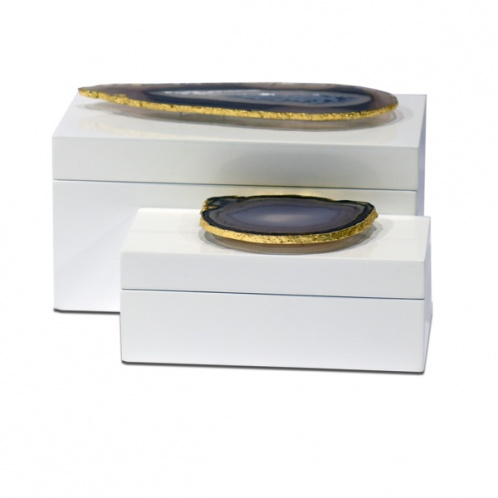 Lacquered Box with Agate