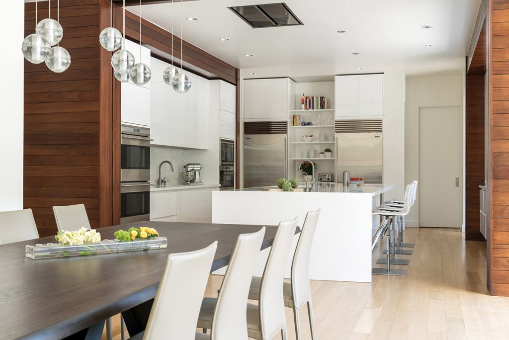 A Beautifully Simple Kitchen: Designed by Elizabeth Lewis Schramme & Josh Delafuente for Cantoni Dallas